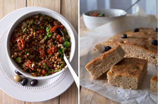 Salada mediterrânica de lentilhas e foccacia