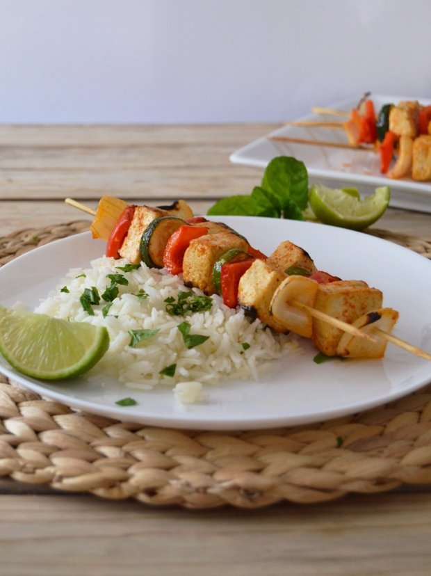 Espetadas de tofu e vegetais // Tofu vegetable skewers