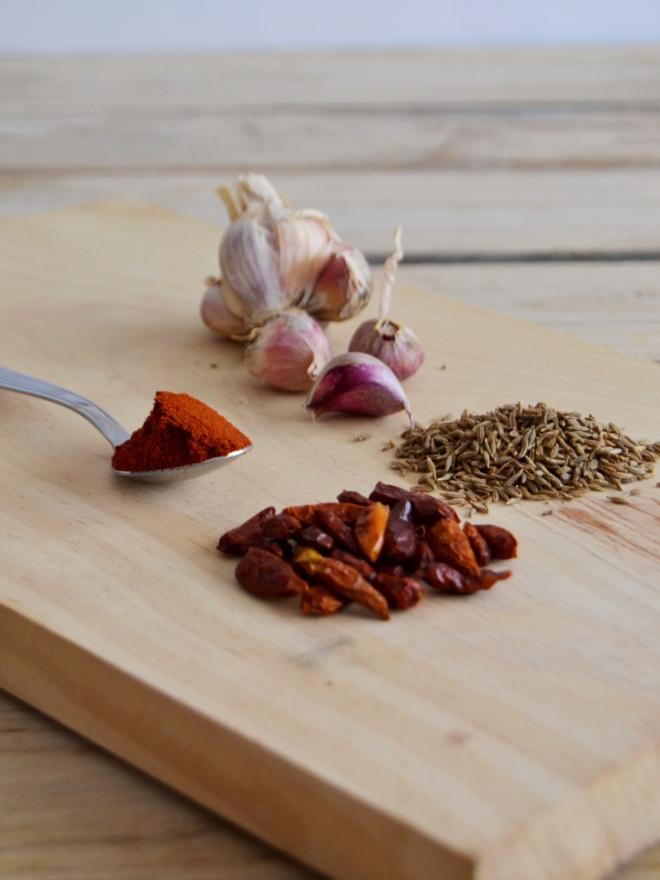 Chili de feijão vermelho, milho e abacaxi // Red bean, corn and pineapple chili